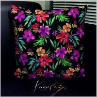 Kumaş Evi Dekoratif Yastık - Renkli Çiçekli Yastık